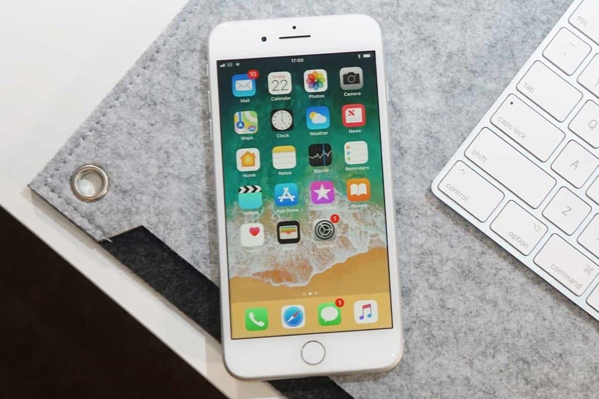 Уже через неделю после старта продаж в РФ упала цена iPhone 8