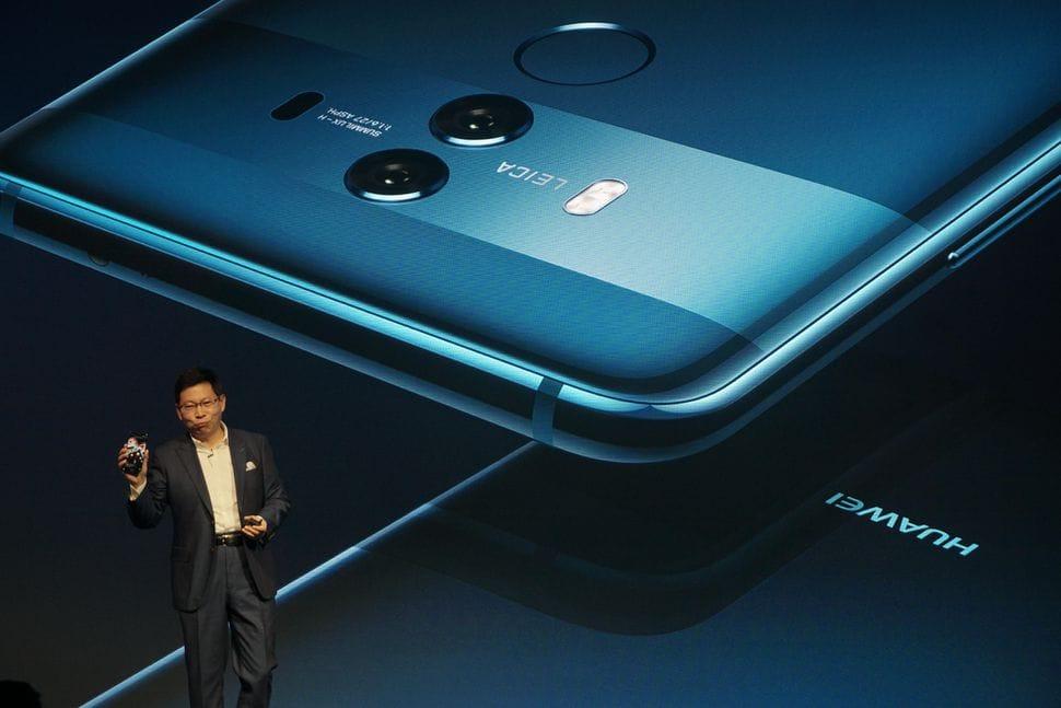 ВHuawei тоже выпустят гнущийся смартфон