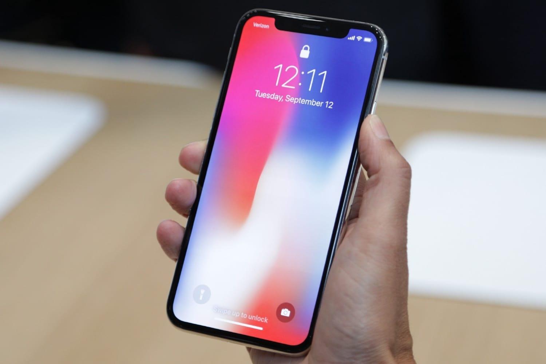 Специалисты: Apple вознаградит новый iPhoneSE возможностями iPhone 7