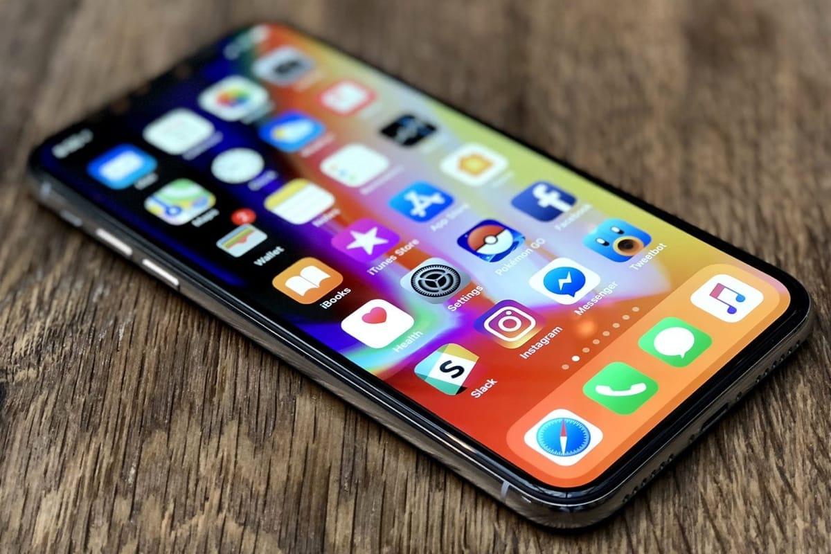 Специалисты  проверили напрочность iPhone X, сбросив его с300-метровой высоты