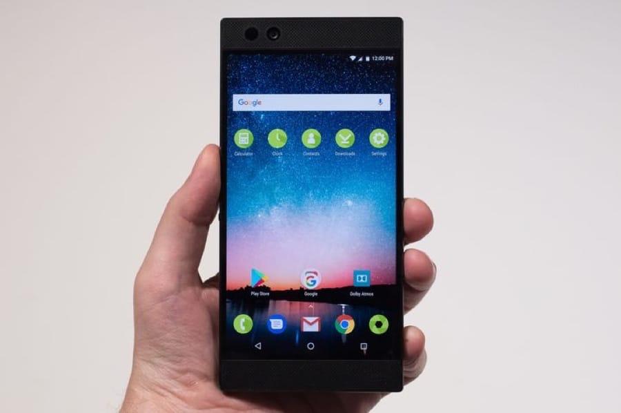 Razer представила мощнейший смартфон для игроков