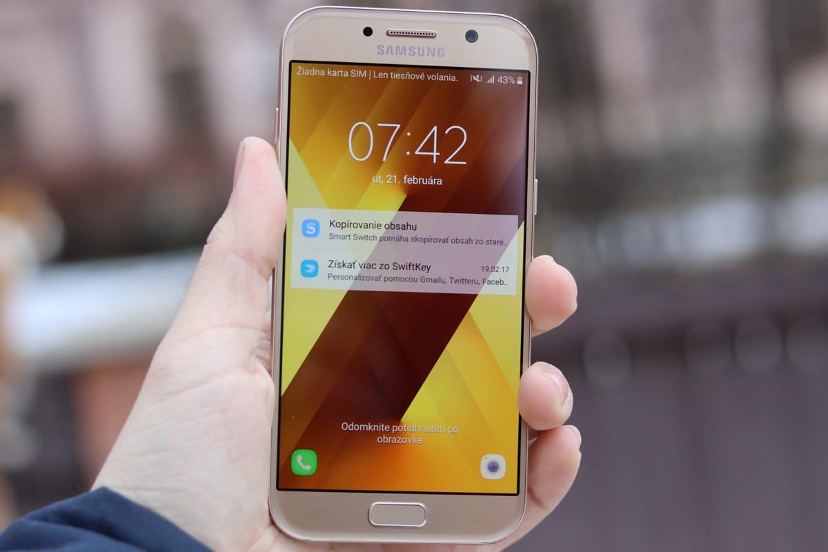Впечатляющий  Самсунг  Galaxy S9 показали наизображениях. Ионшикарен