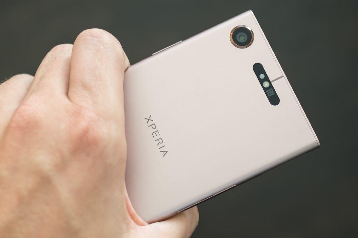 Новый неанонсированный смартфон Сони появился вбазе GFXBench