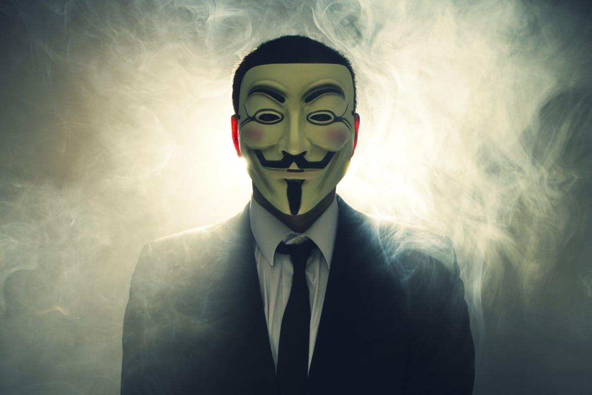 Социальная сеть «Вконтакте» празднует Ночь Гая Фокса