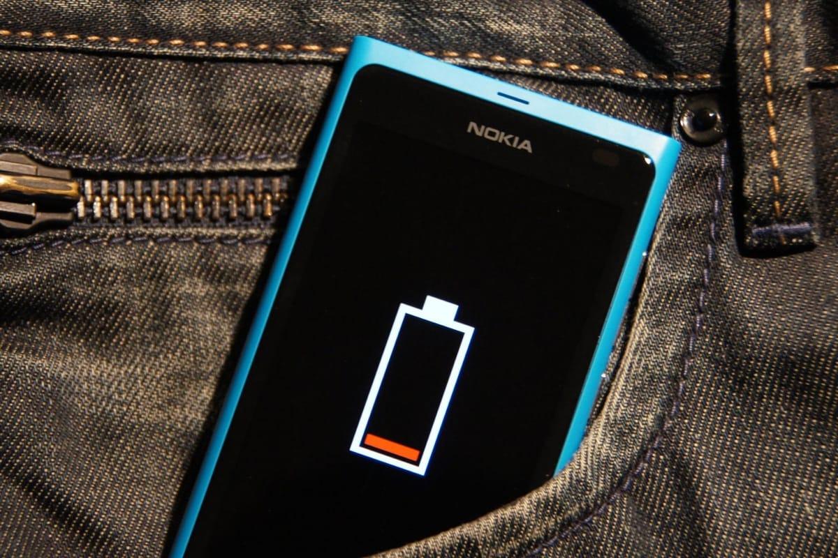Названы основные причины быстрой разрядки телефонов