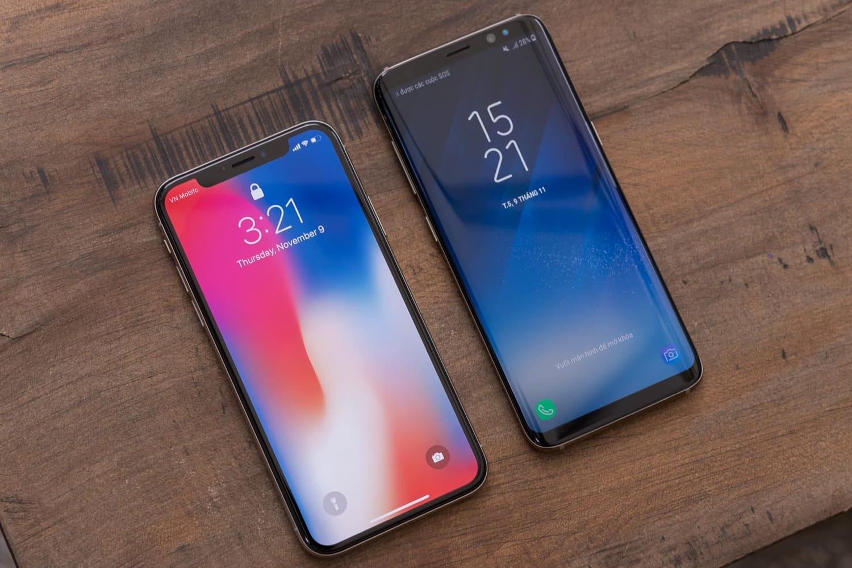 Специалисты: Apple, Самсунг иHuawei на собственных гаджетах накручивают цены до42%