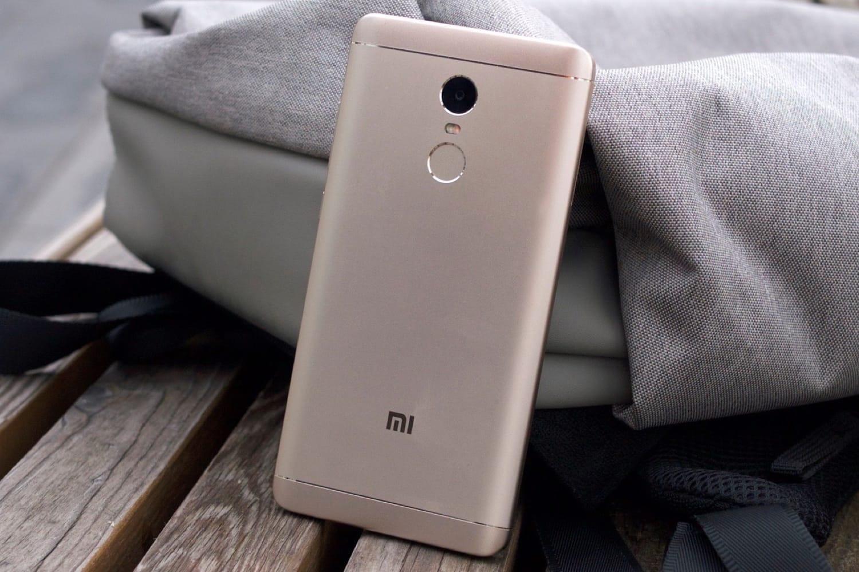 Xiaomi MiA1 стал наиболее популярным телефоном вмире кначалу зимы