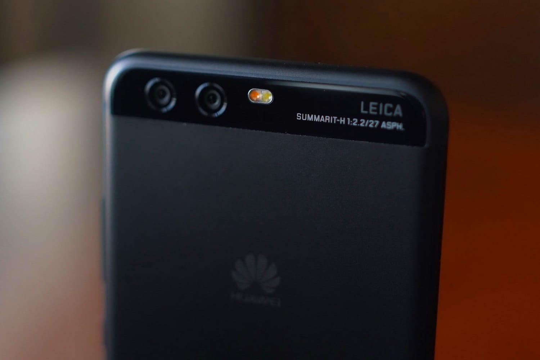 Huawei P20 стремя камерами показался нарендерах