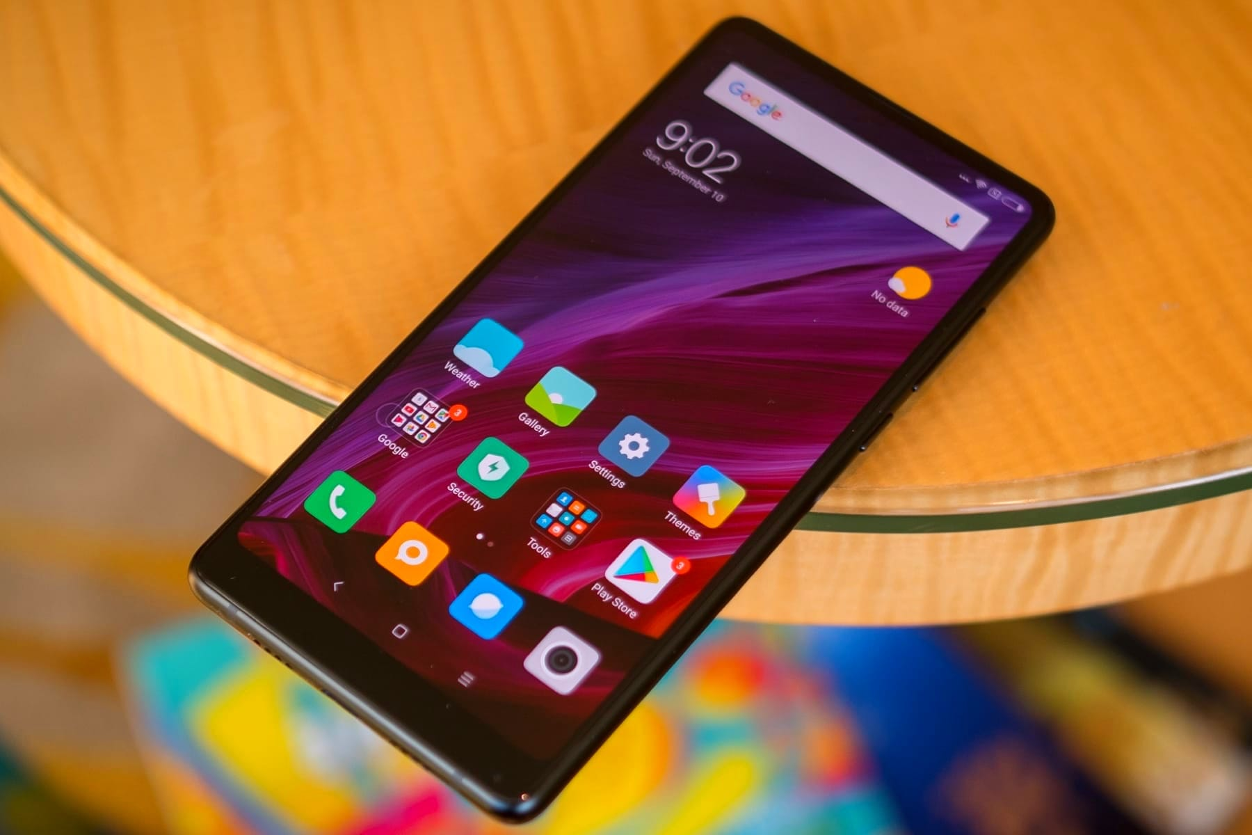Новый смартфон Sharp Aquos S3 будет недорогим аналогом iPhone X