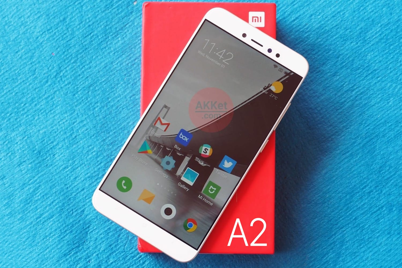 Фотография раскрыла настоящий дизайн безрамочного флагмана Xiaomi Mi7 на андроид Oreo