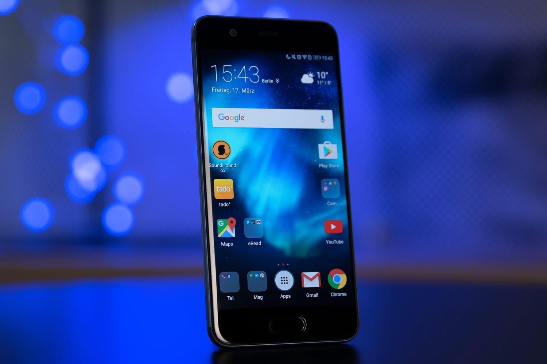 Huawei P20 стройной камерой появился нарендерах