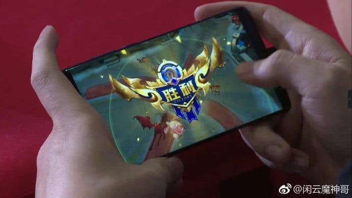 Компания Nubia представила наMWC 2018 настоящий игровой смартфон