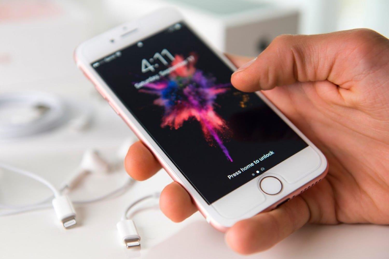 «Сбербанк» запустил мобильного оператора в столице России