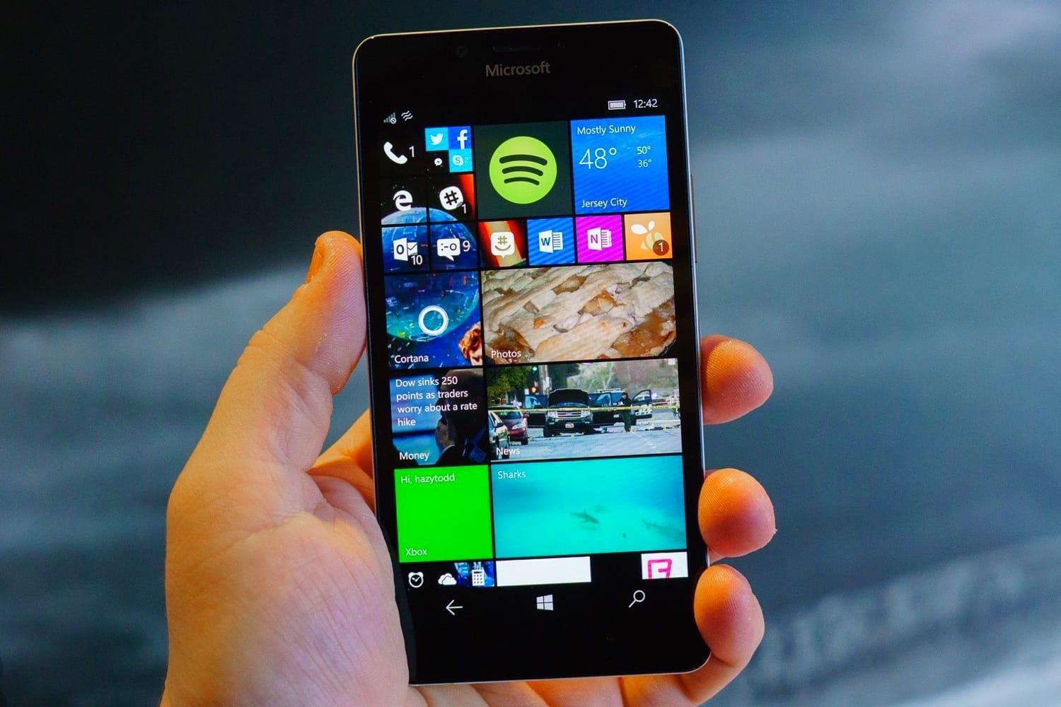НоваяОС Windows 10 ARM оказалась «отвратительной»