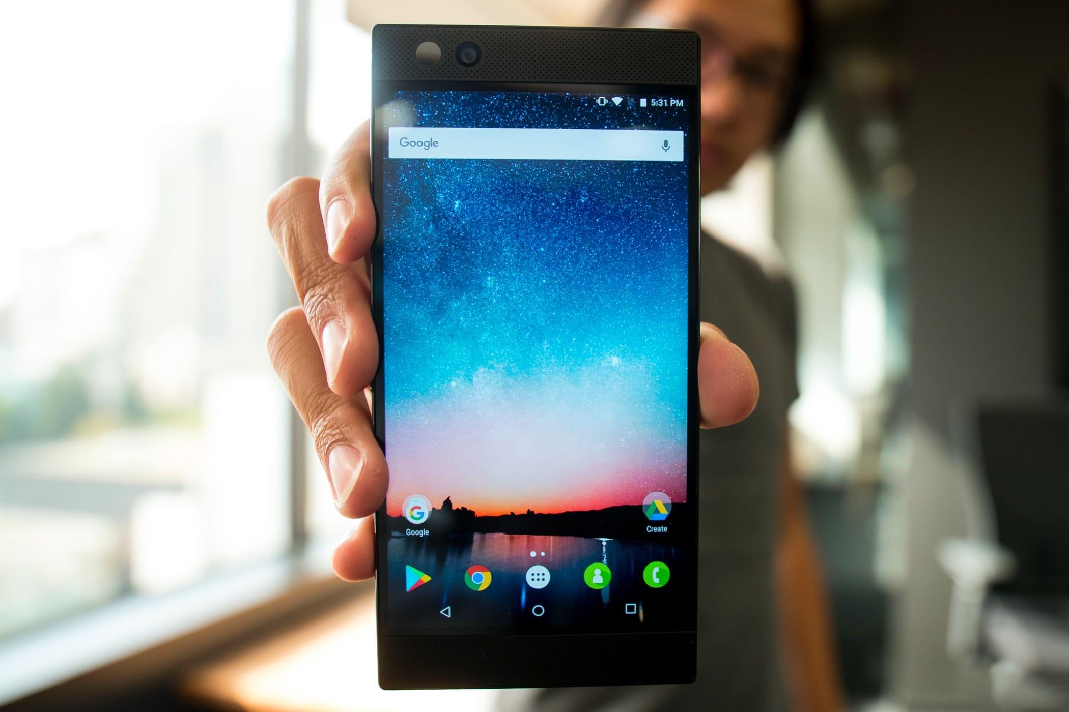 Игровой Android-смартфон Xiaomi «Blackshark» наSnapdragon 845 замечен вAnTuTu