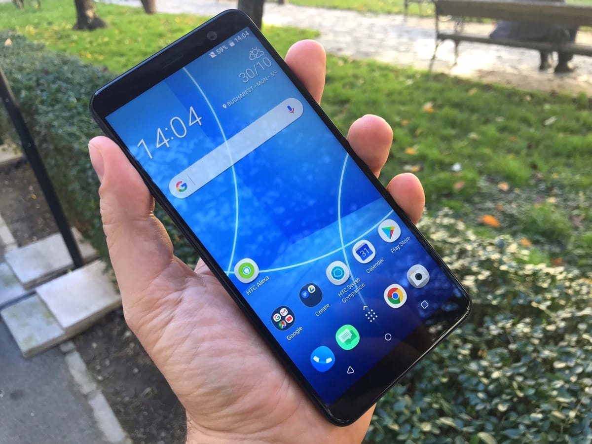 Размещены характеристики телефона HTC Desire 12 Plus