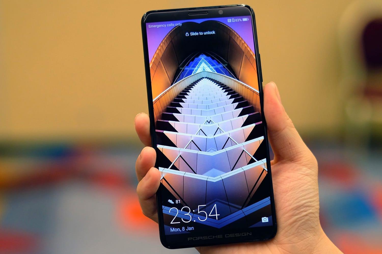 Huawei выпустит смартфон с512 ГБпостоянной памяти