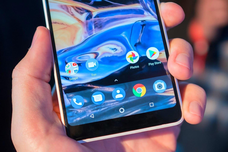 В РФ запускают продажи безрамочного телефона нокиа 7 Plus?