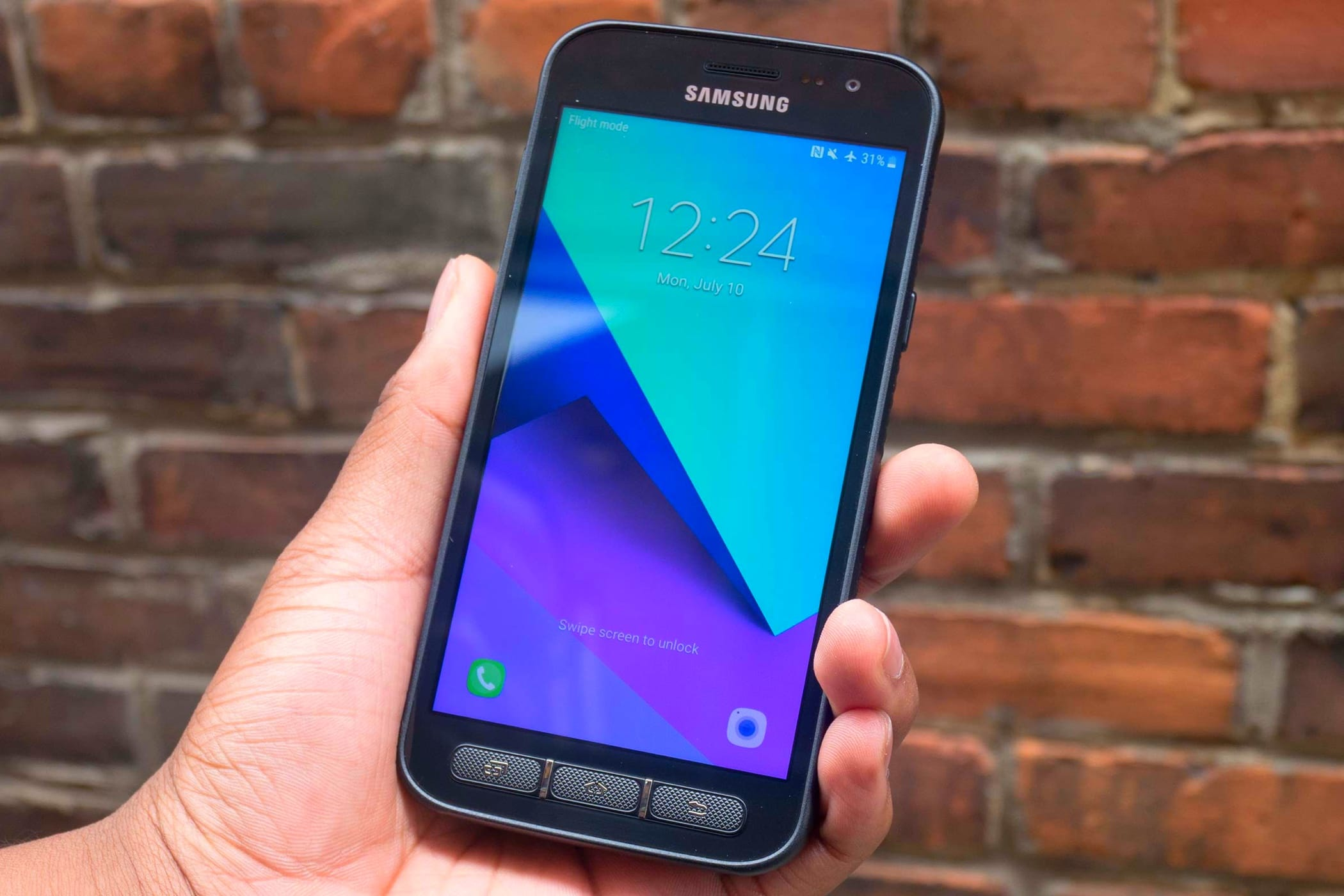 reputable site 80d51 a12d4 Samsung Xcover 5 – новый смартфон, который невозможно «убить»