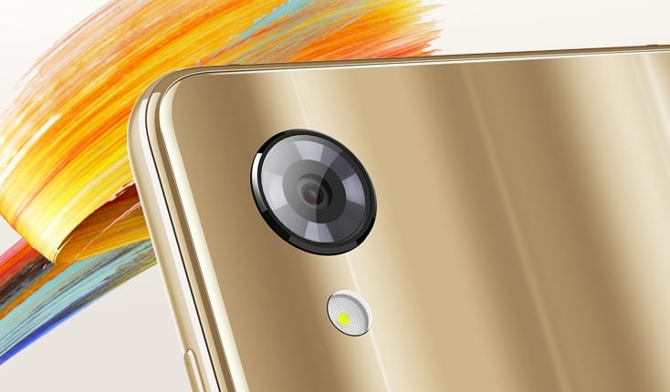 Sharp официально представила смартфон Aquos S3 Мини