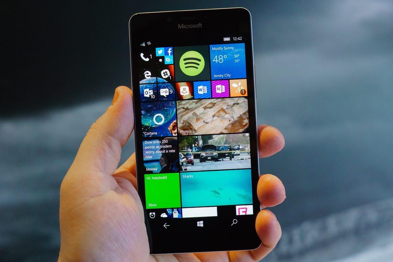 Microsoft распродал остатки телефонов набазе Windows Phone