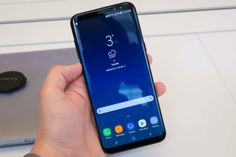 Самсунг приписывают намерение выпустить бюджетный смартфон набазе андроид Go