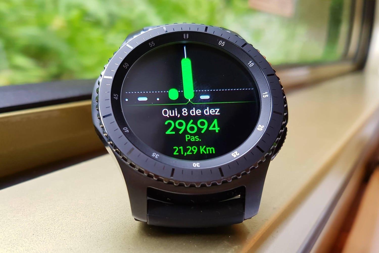 Официальный анонс смарт-часов Самсунг Gear S4 ожидается сначала осени