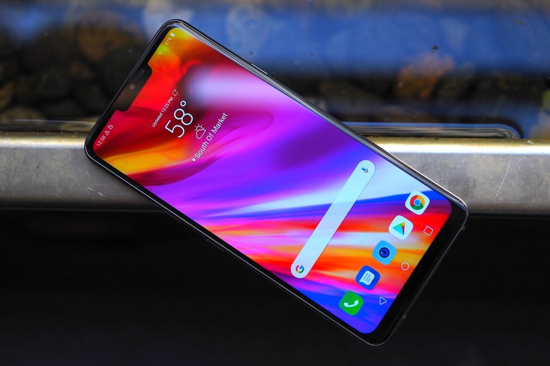 1 LG G7 ThinQ убийца Samsung Galaxy S9 поступил в продажу в России