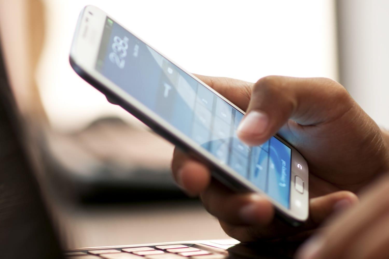 Как вернуть ошибочно зачисленные деньги на телефон мтс