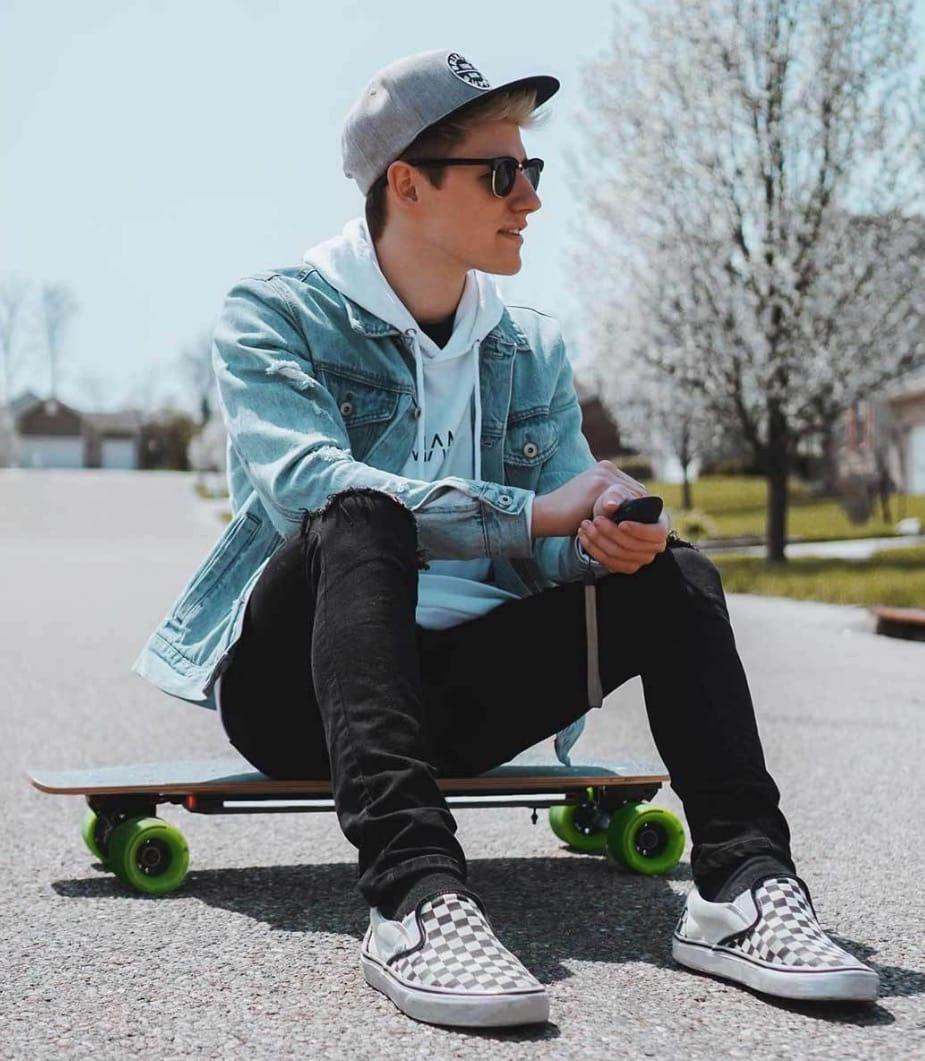 Картинки по запросу Acton Smart Electric Skateboard
