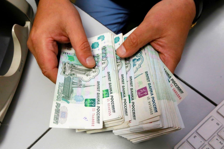 Đồng Ruble suy yếu ảnh hưởng đến cuộc sống người Nga