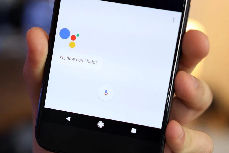 Google запустил голосовой помощник нарусском