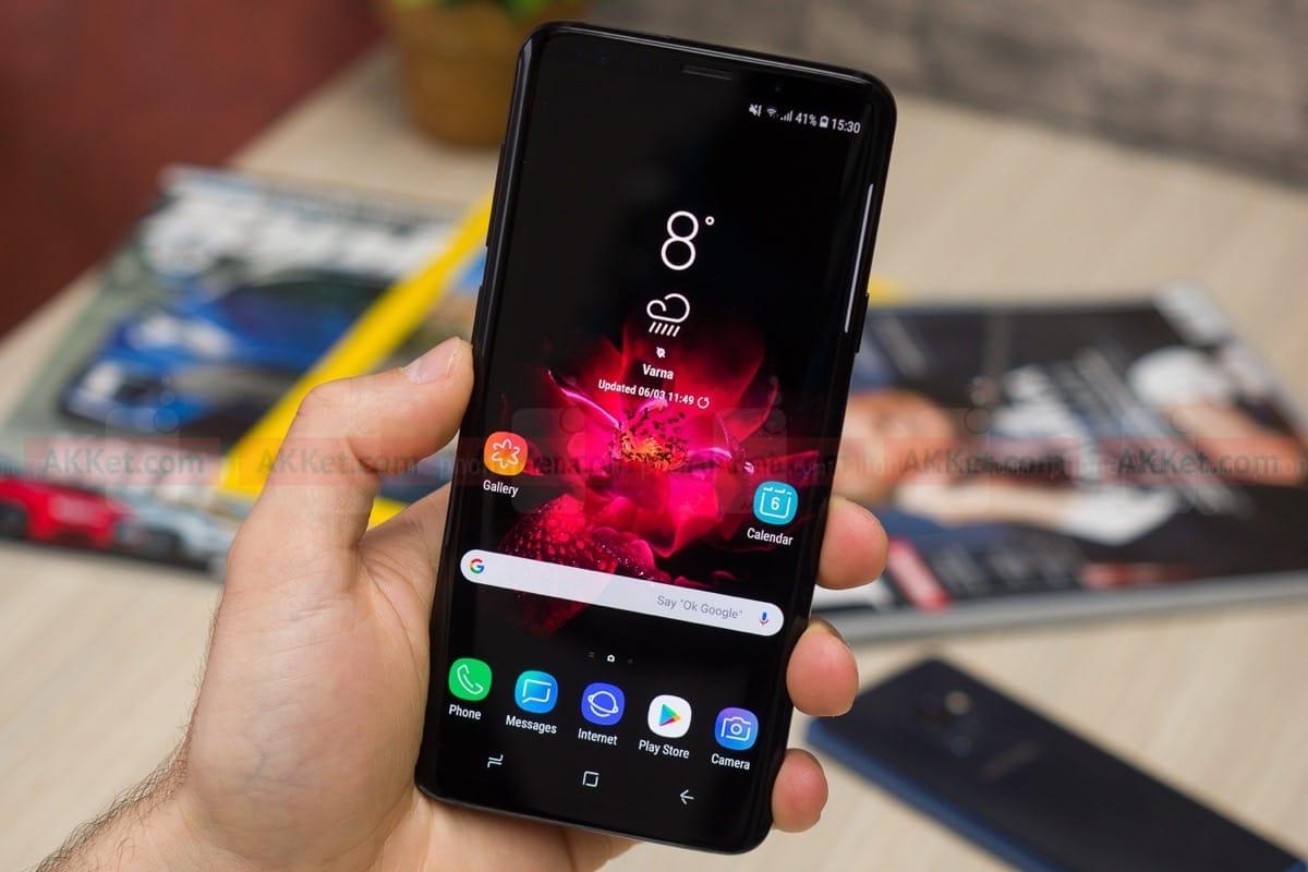 Samsung Galaxy S10+ имеет соотношение сторон 93,4% и батарею на 4000 mAh