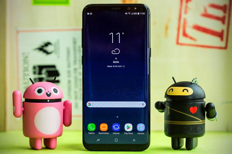 Смартфон Самсунг Galaxy S8 резко упал вцене в Российской Федерации