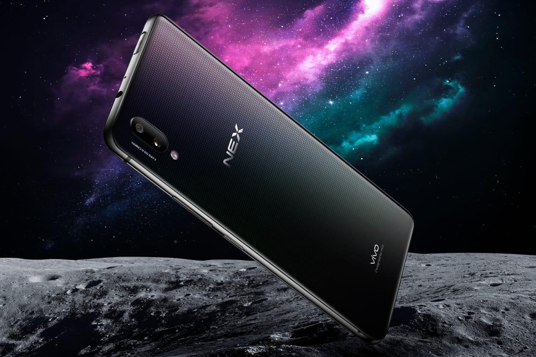Смартфон Vivo NEX свыдвижной камерой выходит запределы Китая