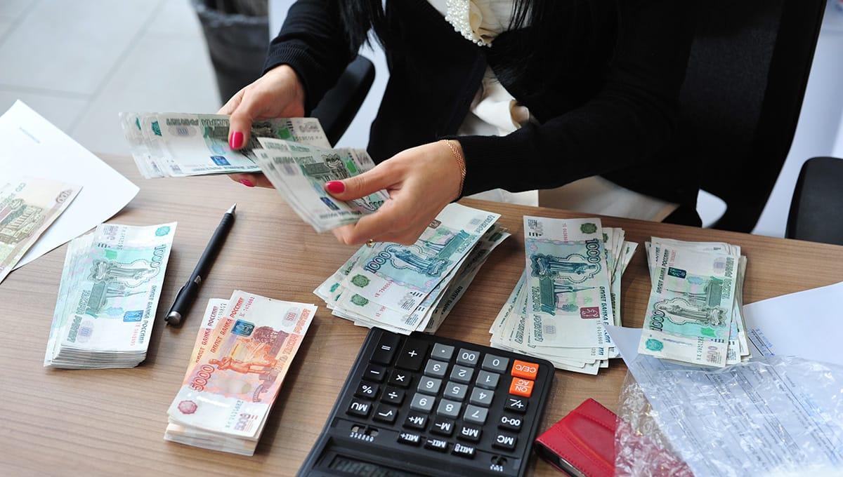 получить деньги в долг от частного лица без залога срочно на карту без отказа