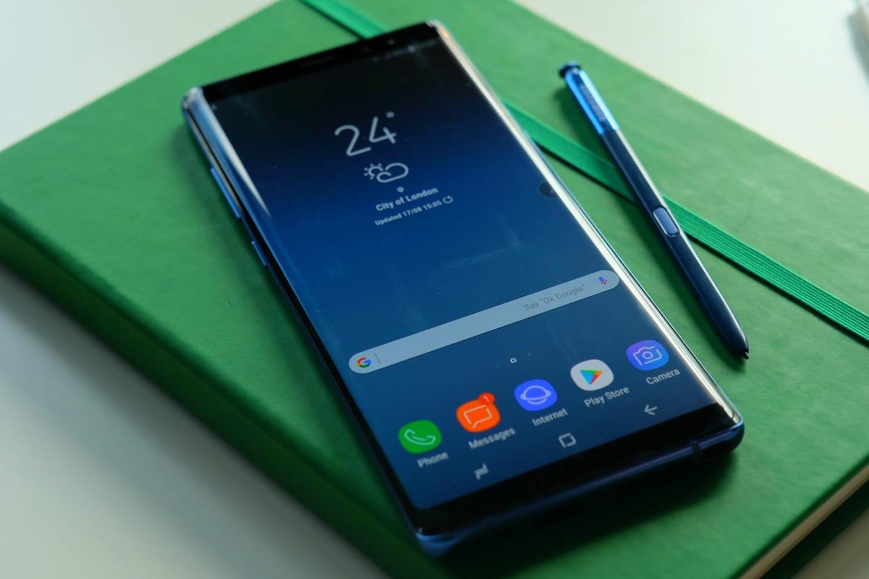 Самсунг показала Galaxy Note9 наофициальном сайте