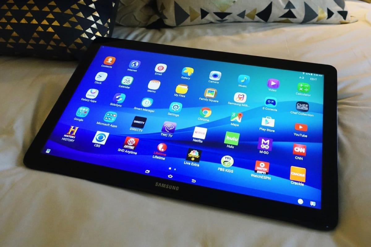 Самсунг выпустит огромный планшет Galaxy View обновленного поколения