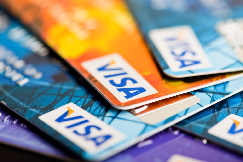 «Возраст дожития?» сберегательный банк раскритиковали заотказ выдавать кредитки пожилым