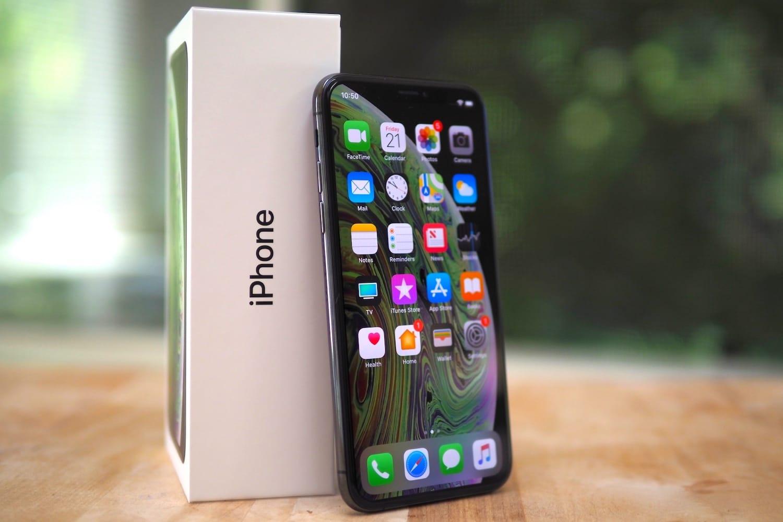 1-ый русский клиент нового iPhone остался без девайса и денежных средств