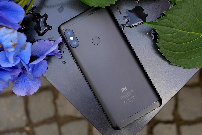 Xiaomi прибавила  рекламы всвои мобильные телефоны