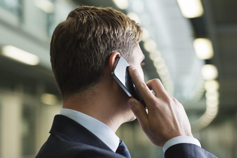 Отправьте простое смс и ожидайте SMS с номером перевода для получения.