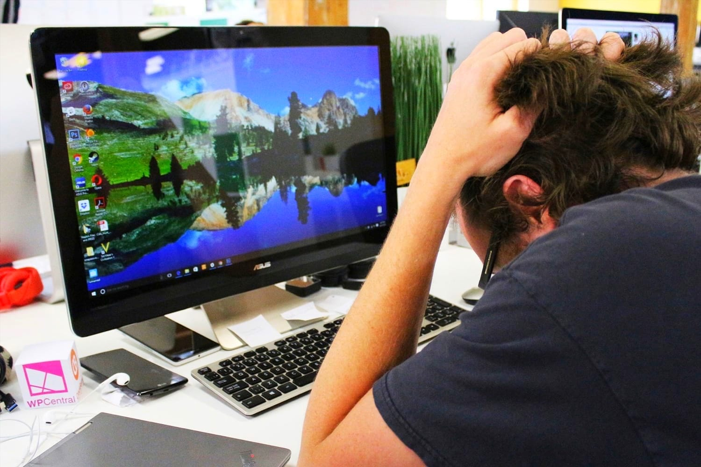 Главные недостатки Windows 10, за которые ее все ненавидят