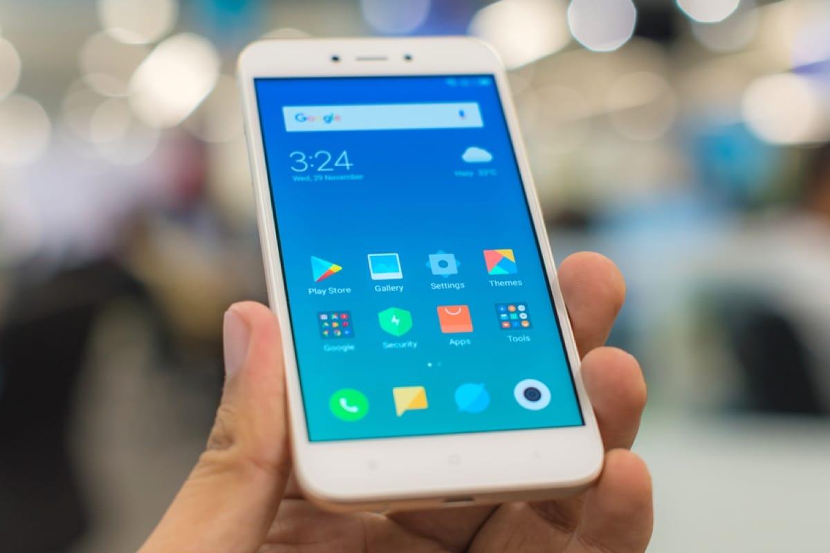 Xiaomi Redmi Go поступает в продажу за 2 990 рублей: характеристики и цвета
