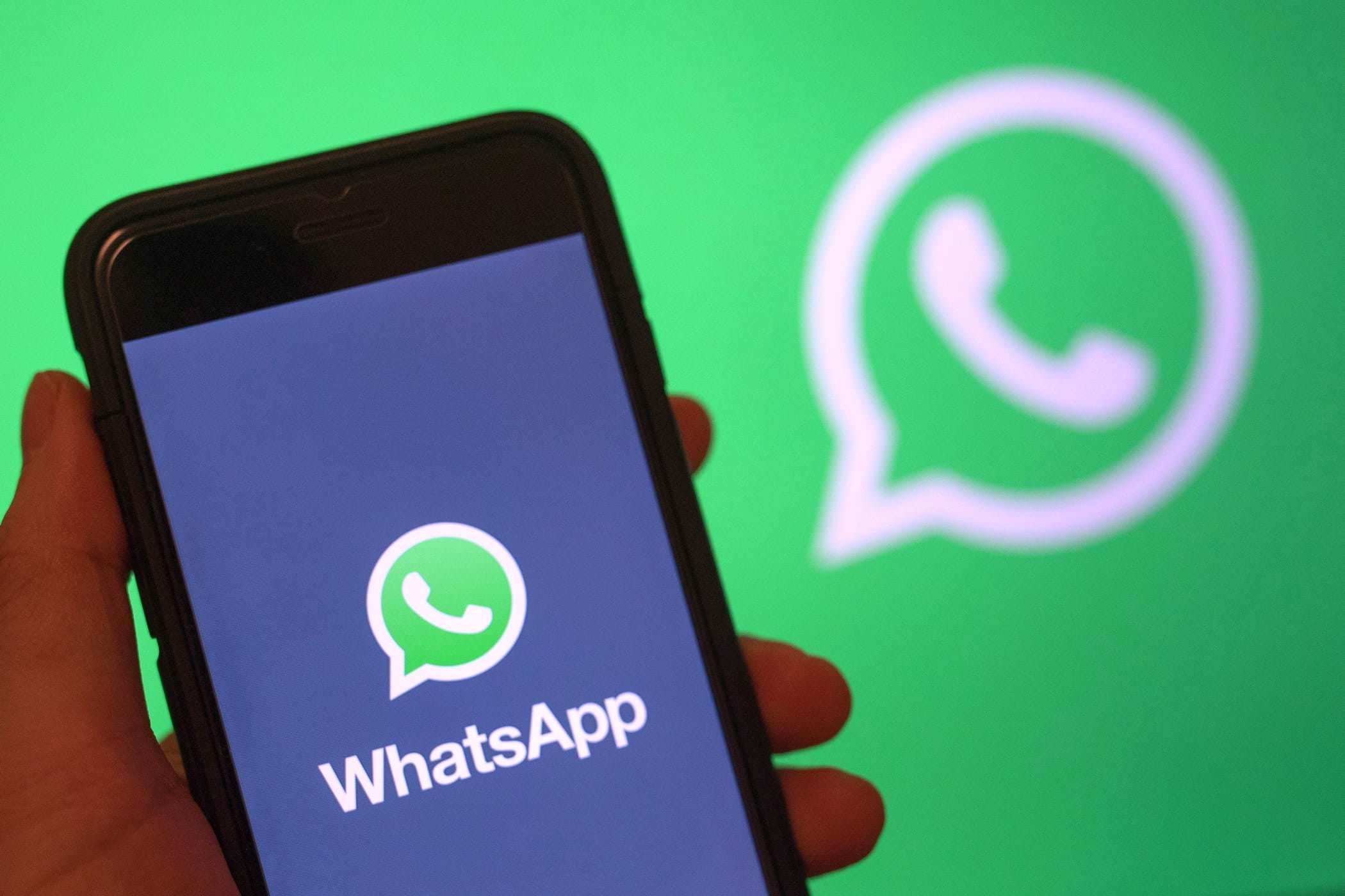 Google избавилась от WhatsApp
