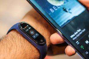 Xiaomi Mi Band 4 в течение 24 часов временно раздают бесплатно