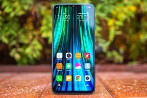 «Билайн» запустил в продажу смартфоны Xiaomi за 99 рублей