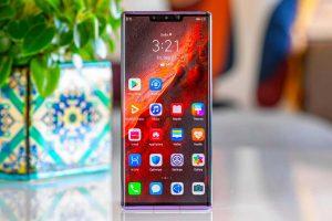 Huawei заплатит деньги всем владельцам смартфонов